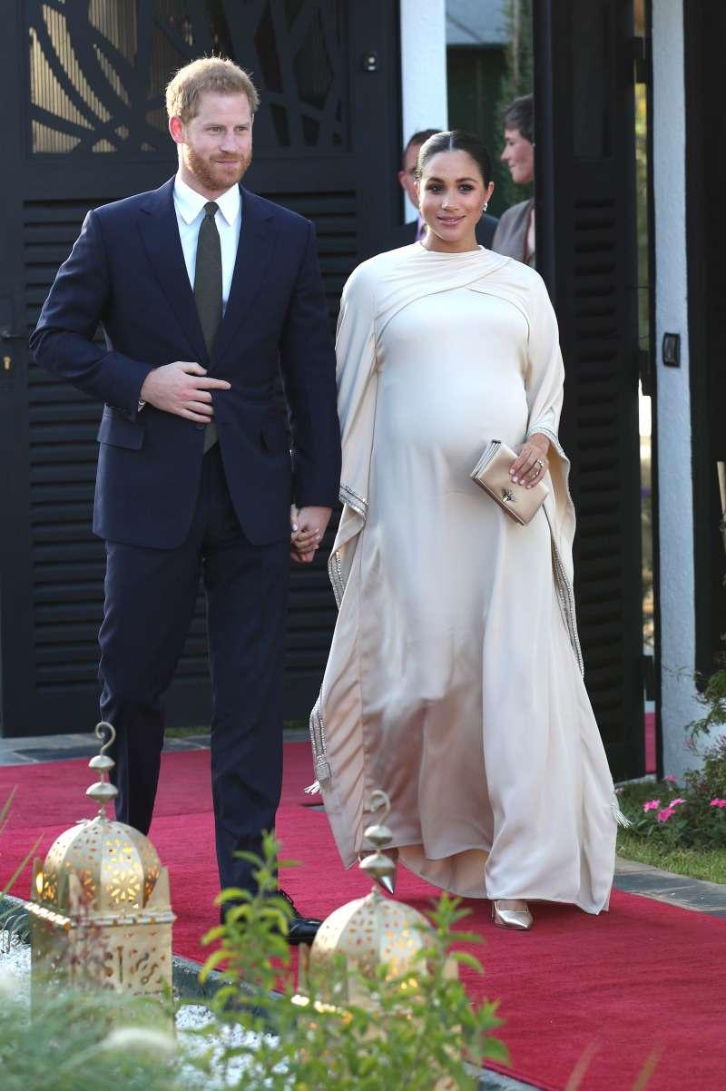 Что общего между двумя вечерними платьями очень беременных Кейт и Меганmeghan markle