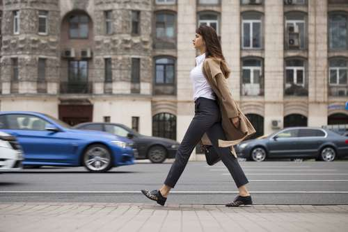 Rapide, mesurée ou nonchalante, la démarche peut en dire long sur notre personnalitéwalking personality