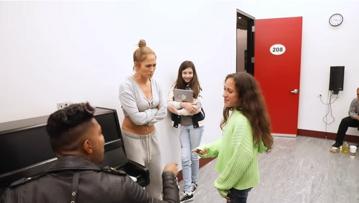"""La música es cosa de familia: la hija de 11 años de J.Lo cantó '""""Si no te tengo"""" a la perfección"""