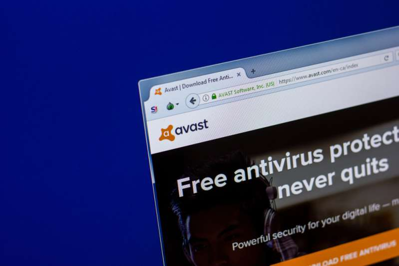Anti-Viruses Can Be Quite Annoying. How To Stop Avast Email Signature?Homepage of Avast antivirus on the display of PC