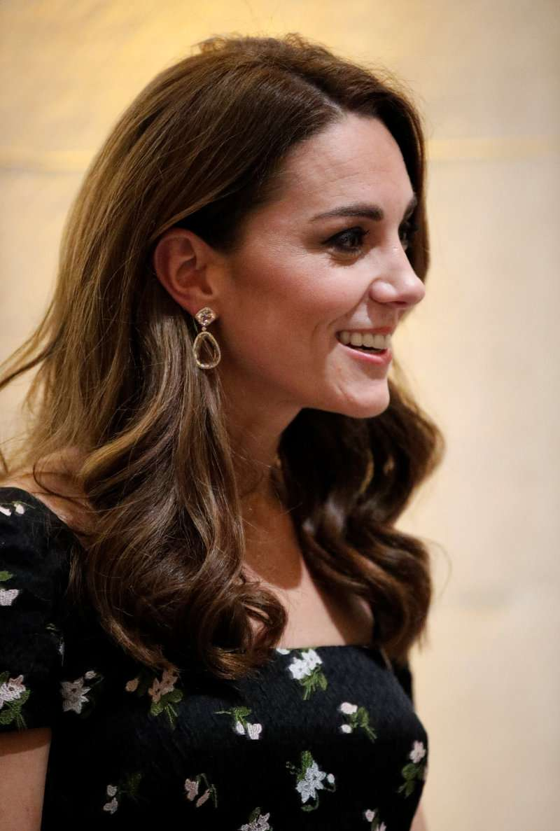 Kate Middleton Looks So Regal, Wearing Morganite Double-Drop Earrings At National Portrait Gallery