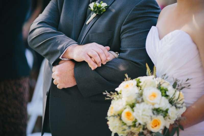 Une femme est dévastée : après 29 tests de grossesse négatifs, son mari avoue avoir eu une vasectomie