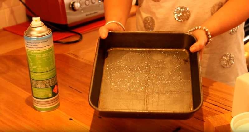 Wie man einen altmodischen Schokoladenkuchen macht – wie bei Oma!