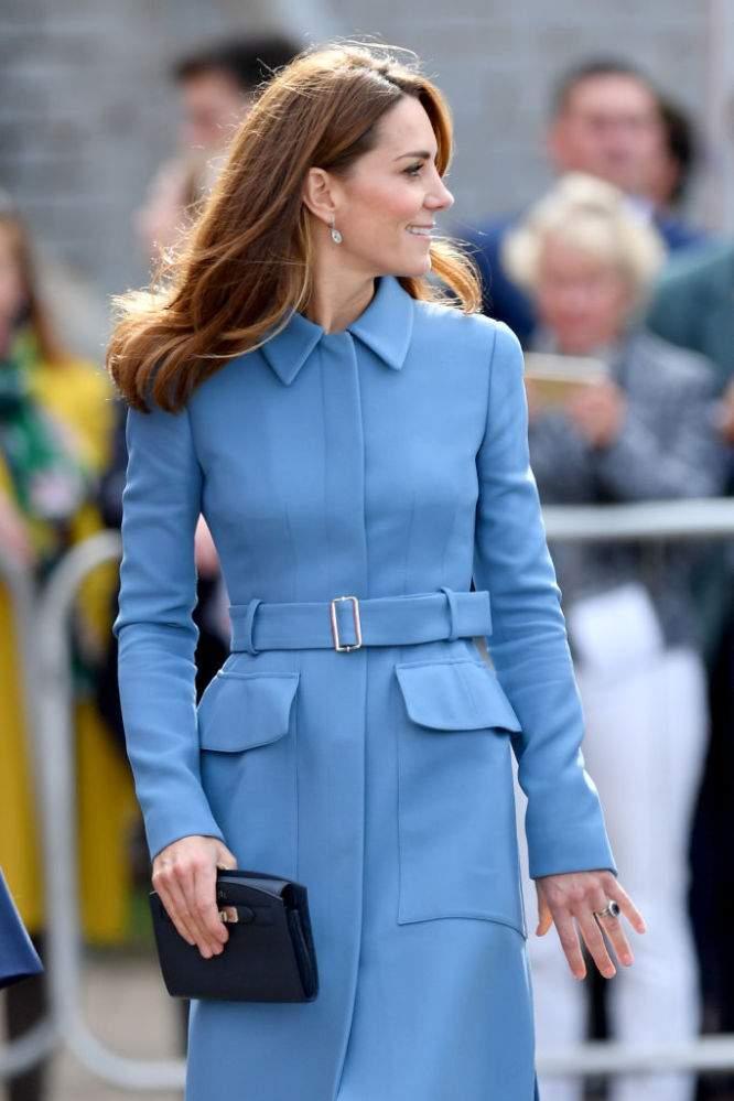 Elegant in Smaragdgrün: Kate Middleton gleicht Disney-Prinzessin in langem Kleid und High-Heels