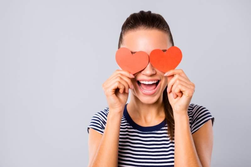 Accro à l'amour: les signes du zodiaque qui idéalisent l'idée que l'on se fait de l'amour et la vie de couple