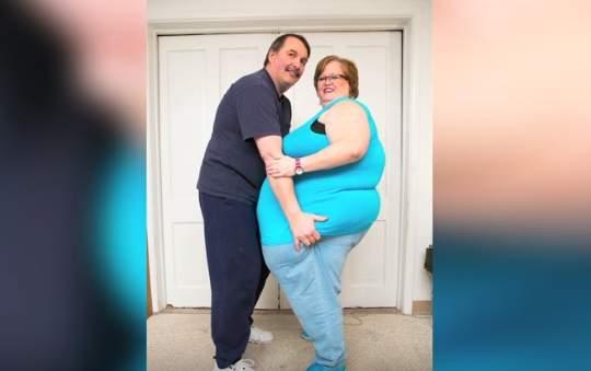 Ella tiene una panza de 230 centímetros y está convencida de que es el secreto de su matrimonio