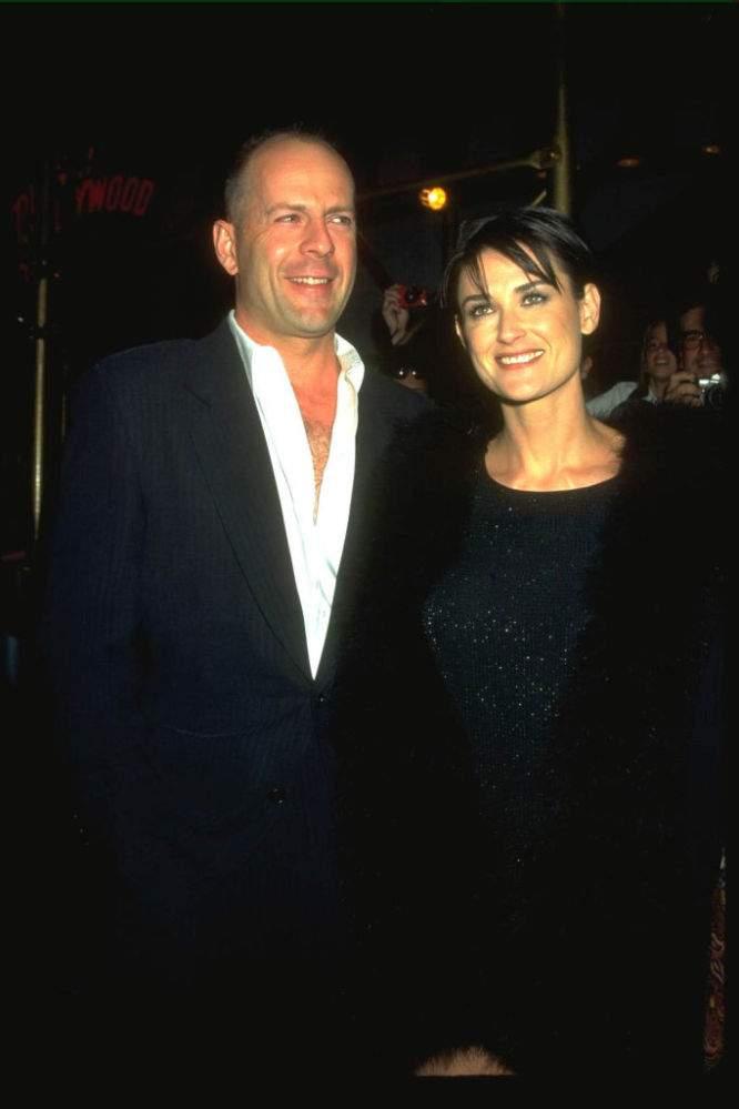 """Demi Moore confesó todo: En su libro de memorias habló de Bruce Willis y cómo """"perdió la cabeza"""" por él"""