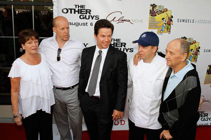 Donnie Wahlberg's Parents Worked Multiple Jobs So They Could Afford Christmas Presents For Him And 8 SiblingsDonnie Wahlberg's Parents Worked Multiple Jobs So They Could Afford Christmas Presents For Him And 8 SiblingsDonnie Wahlberg's Parents Worked Multiple Jobs So They Could Afford Christmas Presents For Him And 8 SiblingsDonnie Wahlberg's Parents Worked Multiple Jobs So They Could Afford Christmas Presents For Him And 8 SiblingsDonnie Wahlberg's Parents Worked Multiple Jobs So They Could Afford Christmas Presents For Him And 8 Siblings