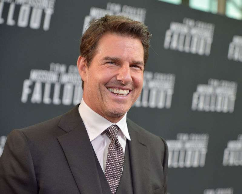 Tom Cruise non ha visto la figlia Suri per anni perché non fa parte di Scientology, dicono i media