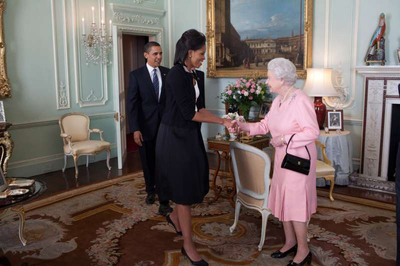 Royal Rebel: The Queen Broke 'Rubbish' Royal Protocol During The Obamas Visit To Buckingham PalaceRoyal Rebel: The Queen Broke 'Rubbish' Royal Protocol During The Obamas Visit To Buckingham PalaceRoyal Rebel: The Queen Broke 'Rubbish' Royal Protocol During The Obamas Visit To Buckingham Palace