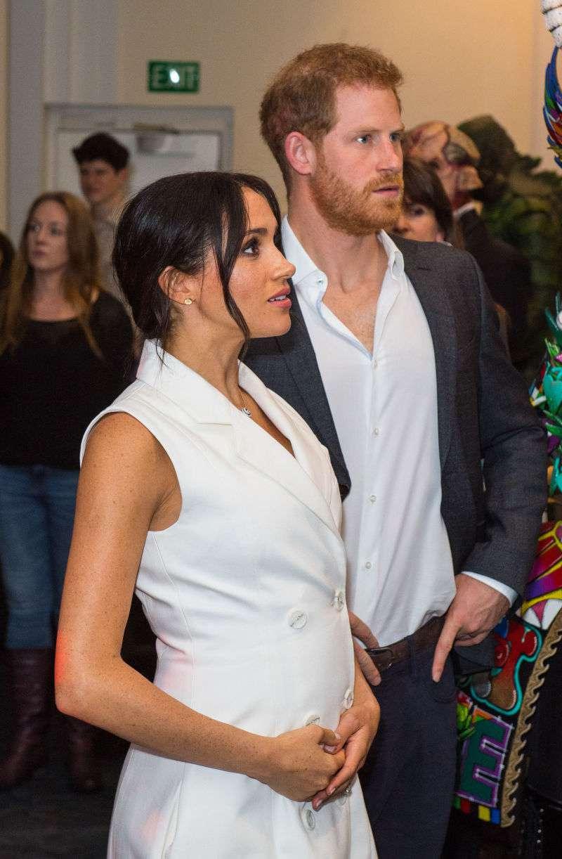 Experta en relaciones señala que Meghan y Harry enfrentarán pronto a su prueba matrimonial más grandemeghan markle pregnant bump