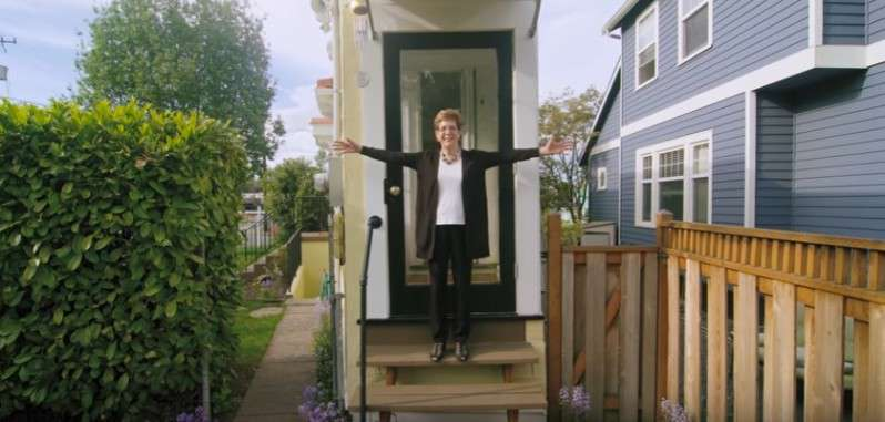 A Divorced Lady Gets Her Revenge On Her Ex-Husband By Building A Spite House