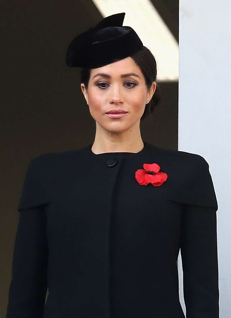 Queen Elizabeth Expresses Her Sympathy To Those Affected By The Wildfires In Meghan Markle's Home StateQueen Elizabeth Expresses Her Sympathy To Those Affected By The Wildfires In Meghan Markle's Home StateQueen Elizabeth Expresses Her Sympathy To Those Affected By The Wildfires In Meghan Markle's Home State