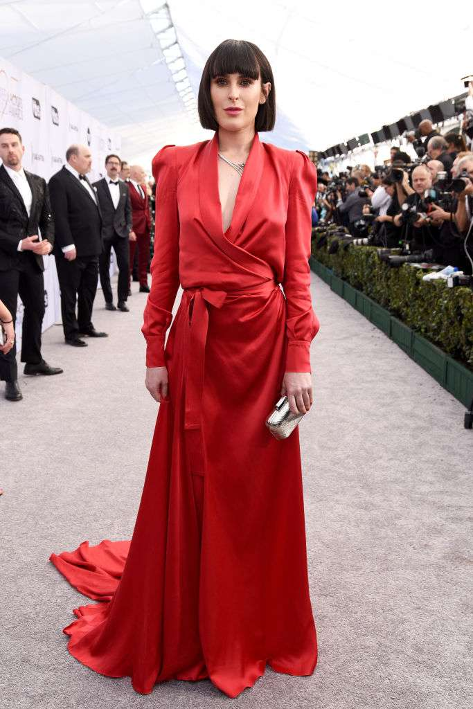 Bruce Willis And Demi Moore's Eldest Daughter Turns Heads In Her Spectacular Red Dress With A Daring Decollette At SAG AwardsBruce Willis And Demi Moore's Eldest Daughter Turns Heads In Her Spectacular Red Dress With A Daring Decollette At SAG AwardsBruce Willis And Demi Moore's Eldest Daughter Turns Heads In Her Spectacular Red Dress With A Daring Decollette At SAG Awards