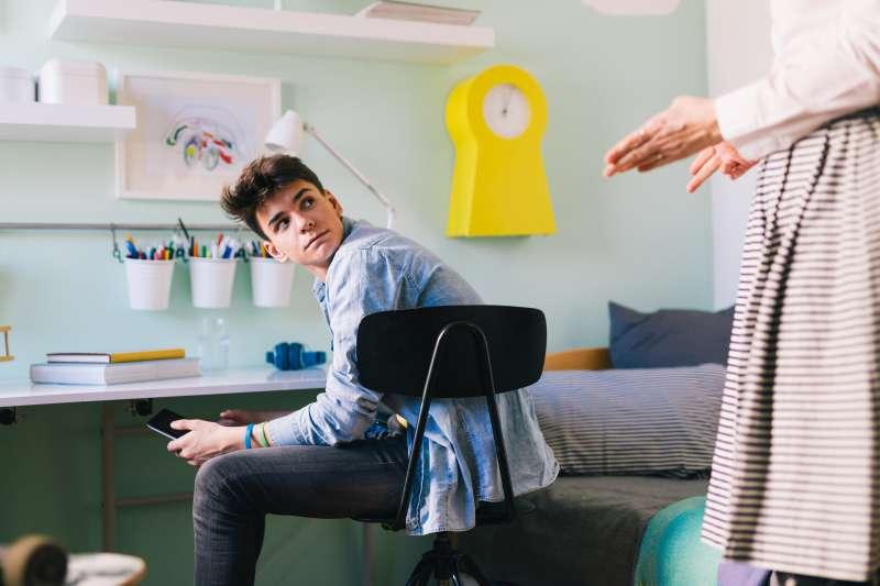 L'ultimatum génial d'une maman à son fils de 13 ans qui ne voulait pas l'aider pour les tâches ménagères