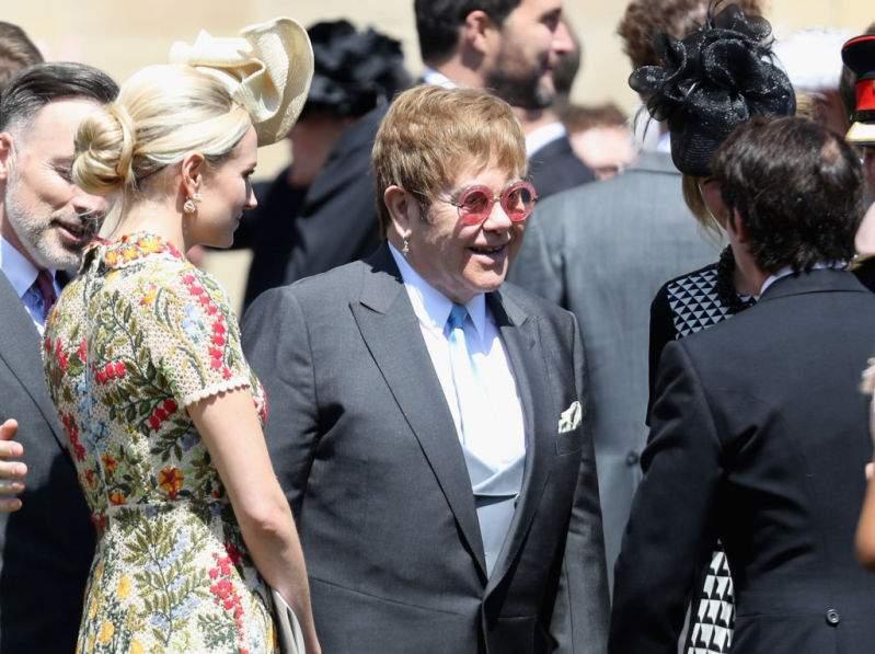 """Elton John era muy cercano a Lady Di y ahora es un """"ángel"""" para Harry al defenderlo de la prensaElton John era muy cercano a Lady Di y ahora es un """"ángel"""" para Harry al defenderlo de la prensaElton John era muy cercano a Lady Di y ahora es un """"ángel"""" para Harry al defenderlo de la prensa"""