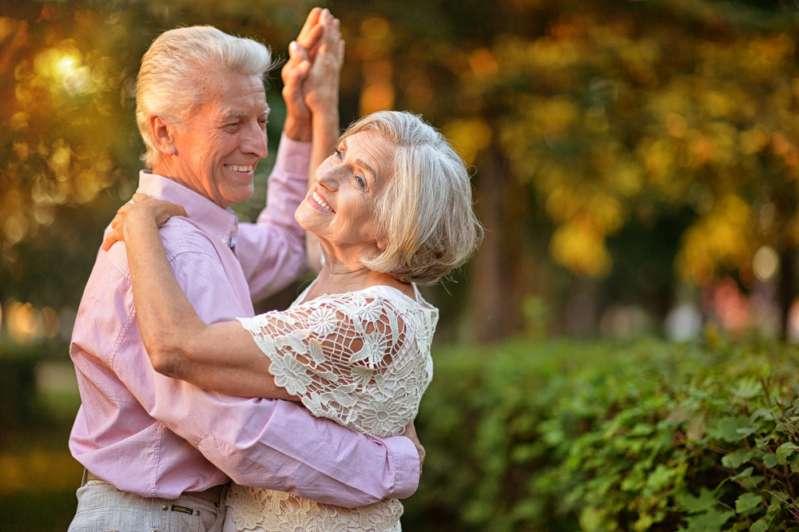 """Замуж никогда не поздно: """"молодожены"""" 84 и 90 лет поженились спустя 40 лет ухаживанийЗамуж никогда не поздно: """"молодожены"""" 84 и 90 лет поженились спустя 40 лет ухаживанийЗамуж никогда не поздно: """"молодожены"""" 84 и 90 лет поженились спустя 40 лет ухаживанийЗамуж никогда не поздно: """"молодожены"""" 84 и 90 лет поженились спустя 40 лет ухаживаний"""