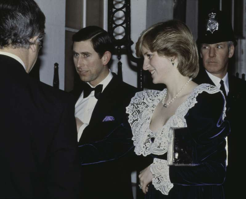 Diana's Words About Her 'Secret' Bulimia Can Help Girls With This Illness Overcome Itprincess diana and prince charles