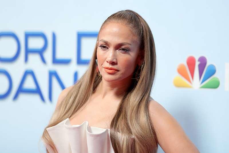 La Marilyn moderna  Jennifer Lopez ha lasciato tutti a bocca aperta ... 1b7fd305e12