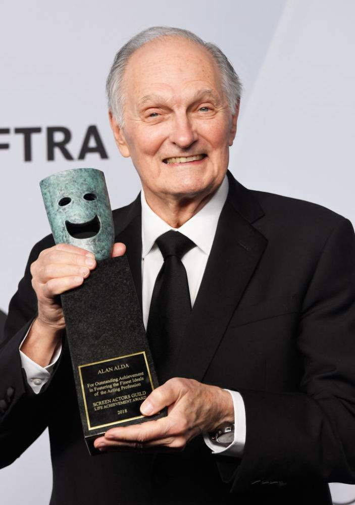 'M.A.S.H' Star Alan Alda Stays On High Spirits While Fighting Parkinson's Disease And Encourages Others To Do The Same'M.A.S.H' Star Alan Alda Stays On High Spirits While Fighting Parkinson's Disease And Encourages Others To Do The Same'M.A.S.H' Star Alan Alda Stays On High Spirits While Fighting Parkinson's Disease And Encourages Others To Do The Same'M.A.S.H' Star Alan Alda Stays On High Spirits While Fighting Parkinson's Disease And Encourages Others To Do The Same